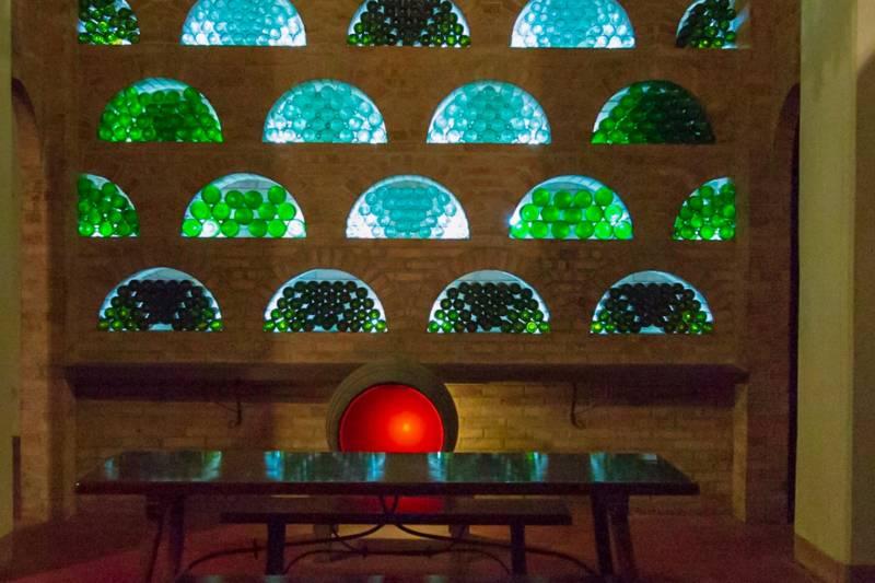 FOOD AND WINE TASTING (CHIANTI DI BANFI / SPUMANTI PIEMONTESI)